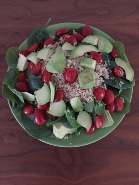 Quinoa salade Spinazie Avocado Tomaat