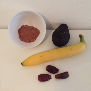 Smoothie cacao banaan avocado